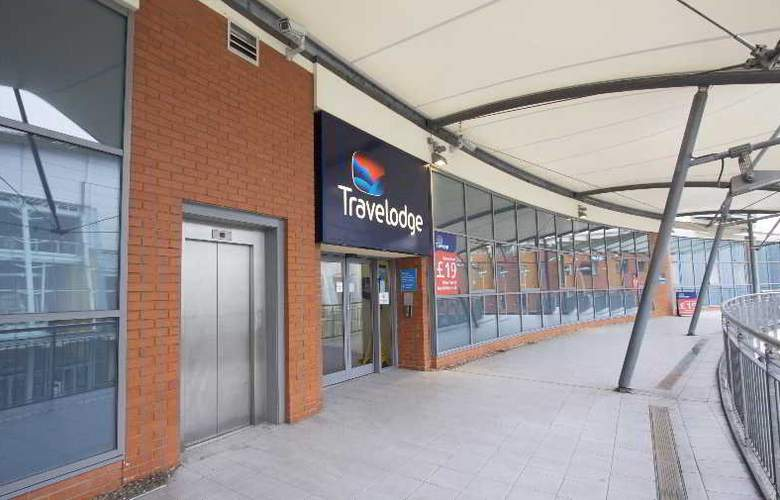 Travelodge Birmingham Central Broadway Plaza - Hotel - 4