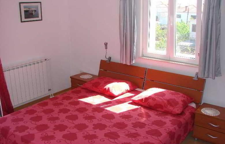 Marija - Room - 5