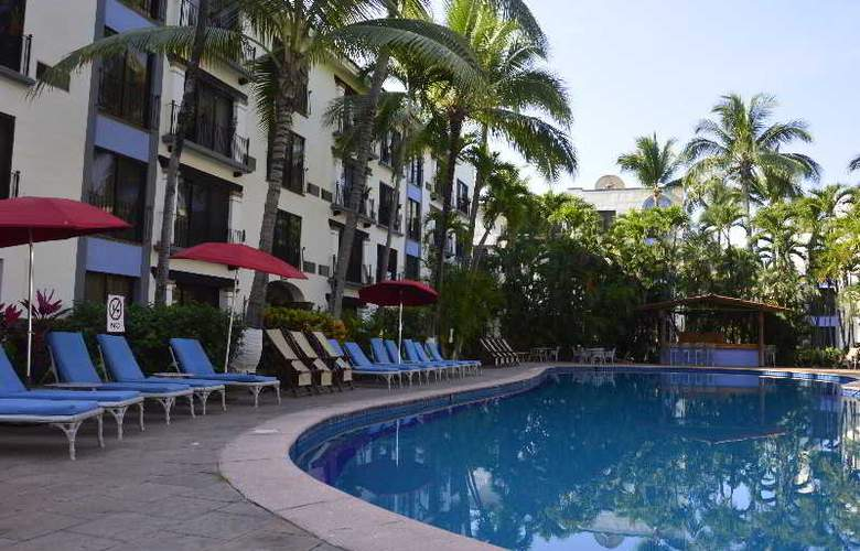 Puerto de Luna All Suites Hotel Bed & Breakfast - Pool - 7