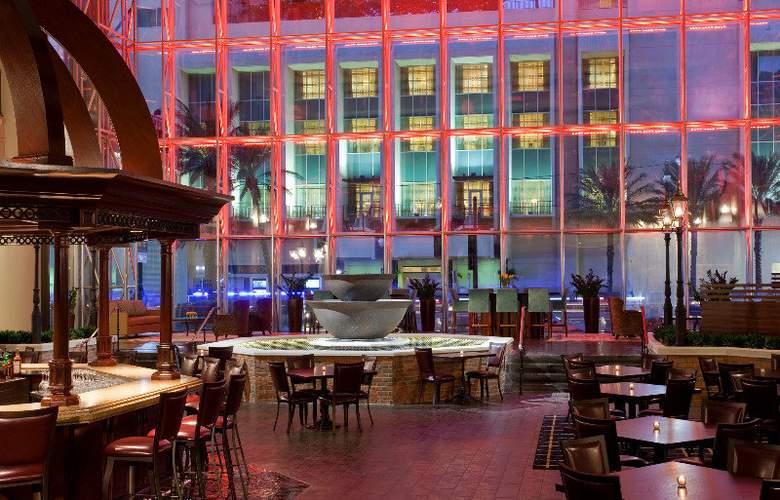 Sheraton New Orleans - Bar - 5
