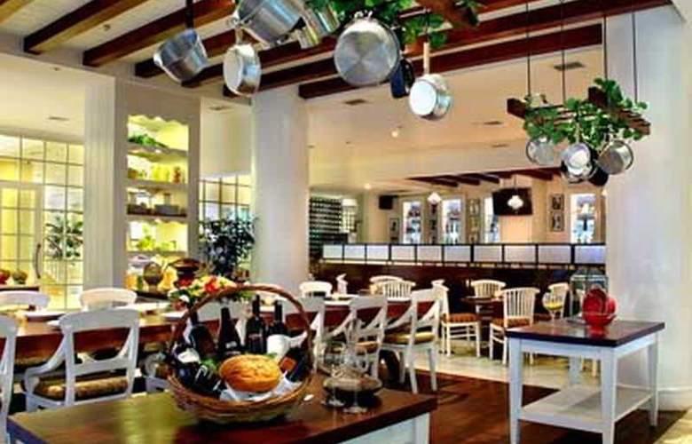 Aston At Kuningan Suites - Restaurant - 22