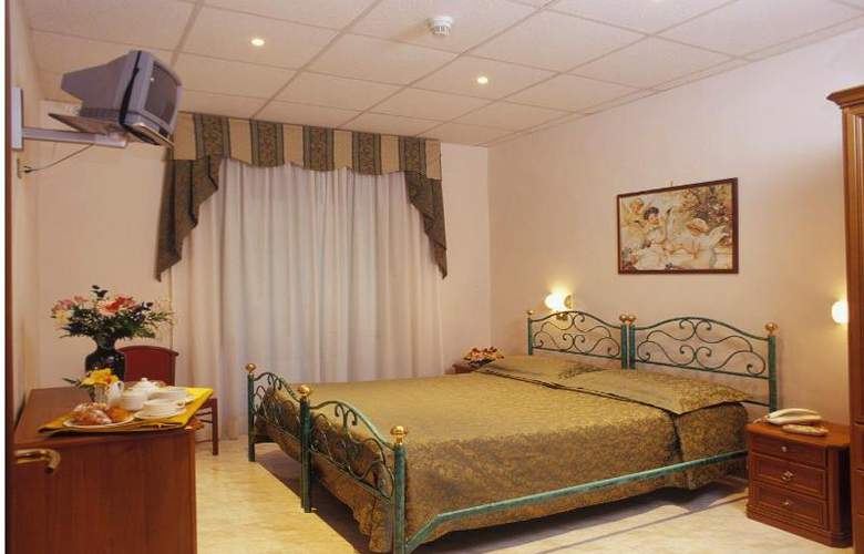 Oriente - Room - 5
