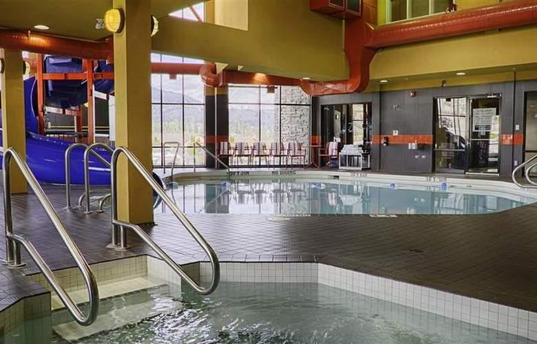 Best Western Wine Country Hotel & Suites - Pool - 75