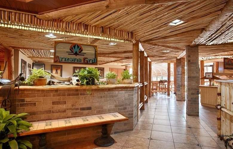 Best Western Saddleback Inn & Conference Center - Restaurant - 118