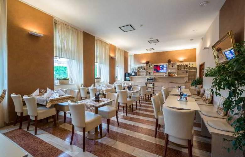 Prague Centre Plaza - Restaurant - 4