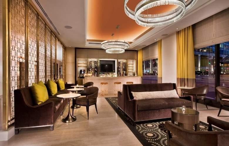 Omni Hotel Mont-Royal - Bar - 3