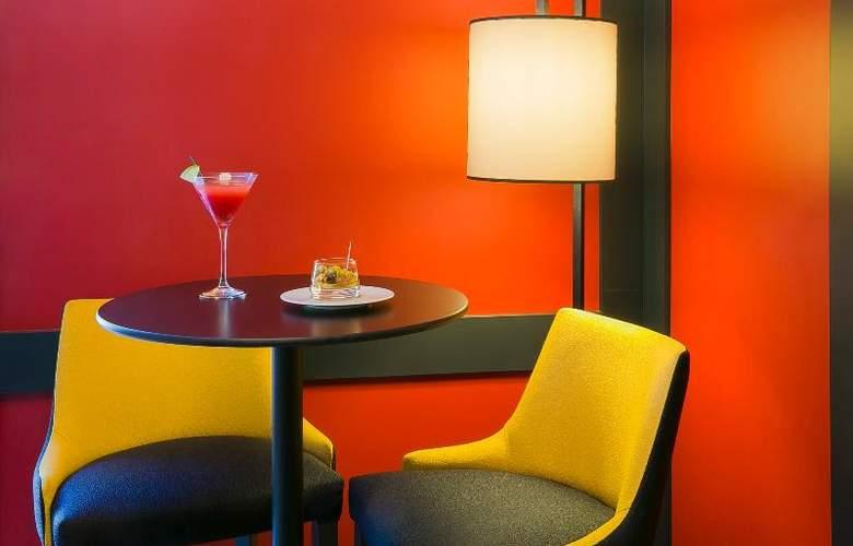 Best Western Plus Excelsior Chamonix Hotel & Spa - Bar - 57