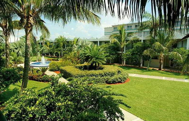 Beachcomber Beach Resort & Hotel - General - 1