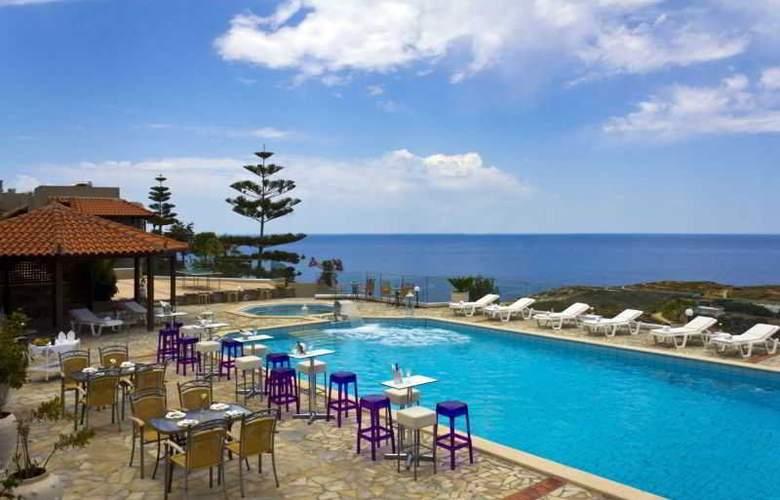 Happy Cretan Suites - Pool - 4