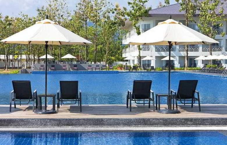 Century Langkasuka Resort - Pool - 20