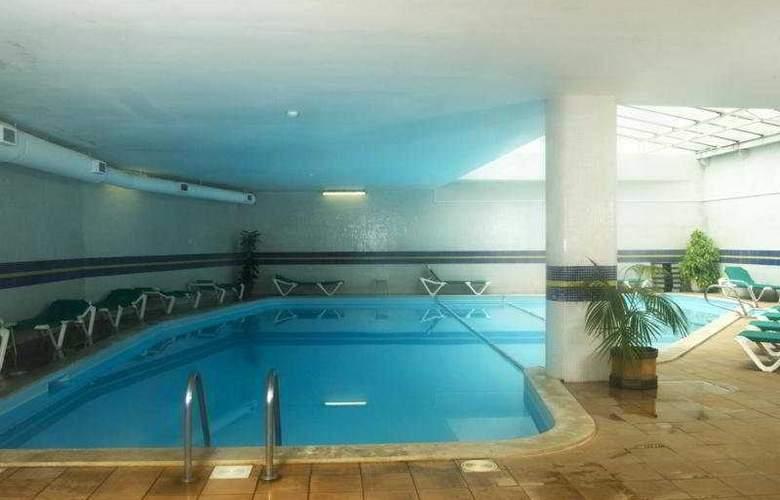 Belver Beta Porto - Pool - 9