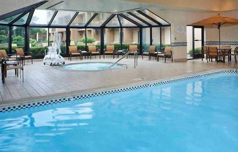 Courtyard Chicago Waukegan/Gurnee - Hotel - 13