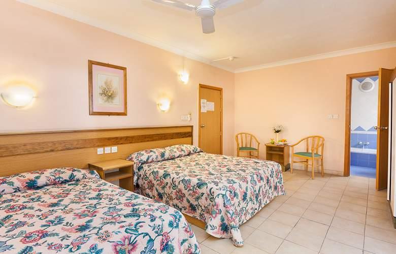 The San Anton - Room - 2