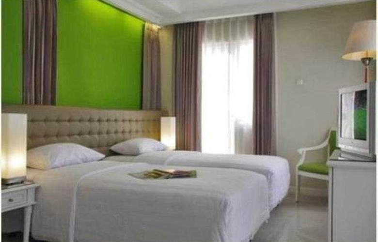 Ciputra Golf Club & Hotel Surabaya - Room - 4