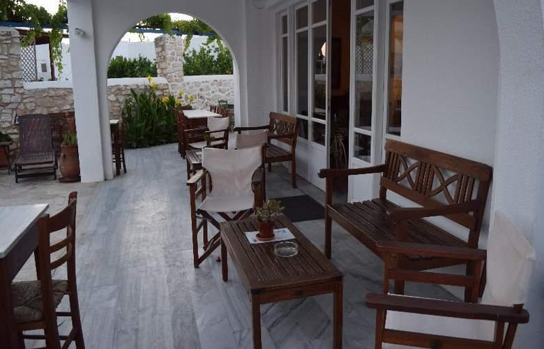 Aegeon - Terrace - 32