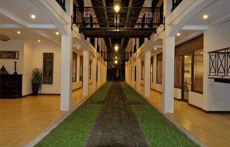 Heritage Suites Hotel - Terrace - 10
