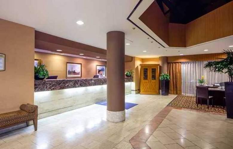 Embassy Suites San Antonio - Int. Airport - Hotel - 2