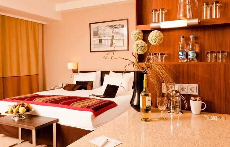 Staybridge Suites Moskovskye Vorota - Room - 9