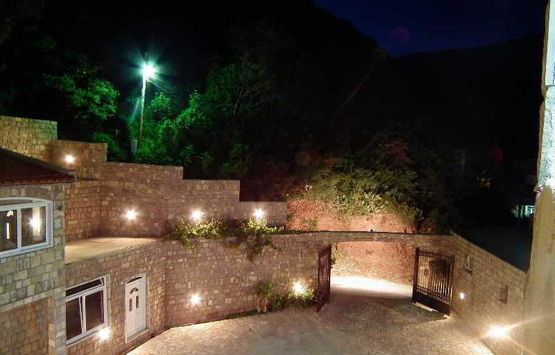 Castellamare Residence - Room - 6