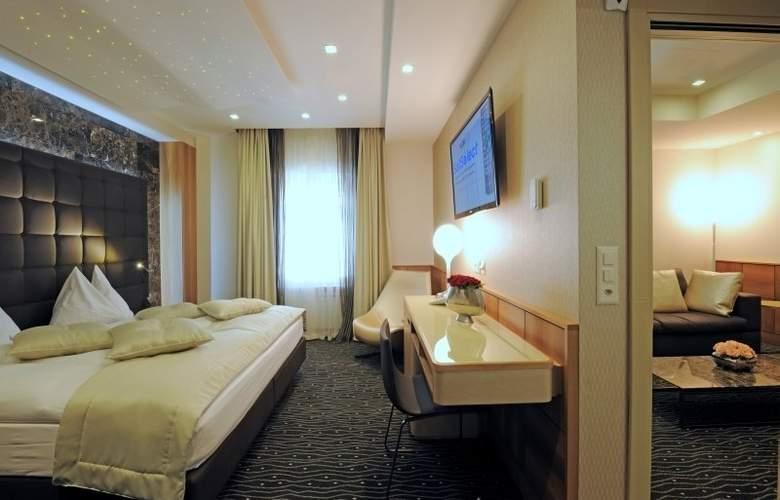 St. Gotthard - Room - 9