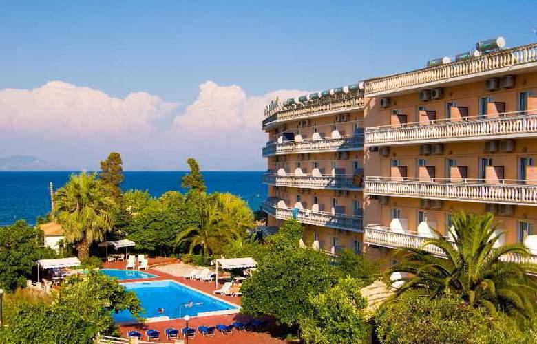 Potamaki Hotel - Pool - 4