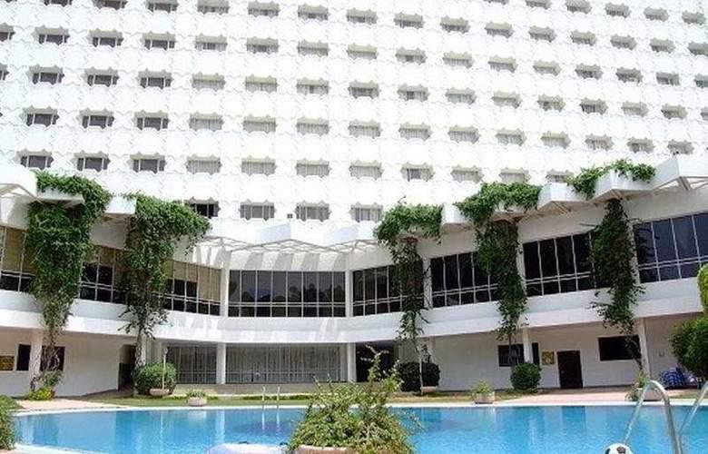 Clarks Amer - Hotel - 0