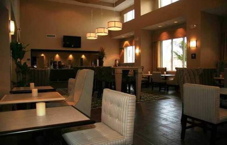 Hampton Inn & Suites Brunswick - Hotel - 8
