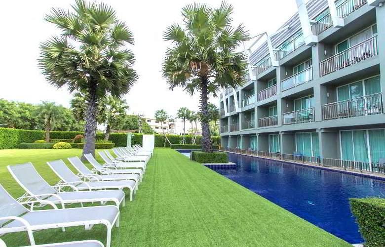Sugar Palm Karon Resort - Pool - 8