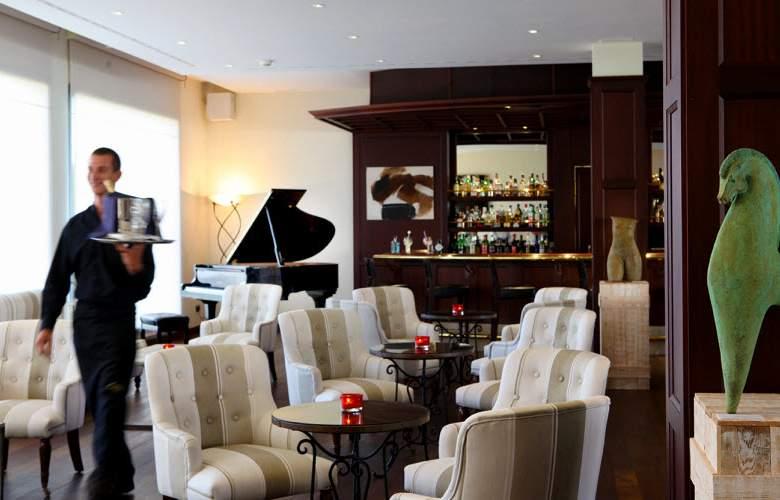 PortBlue LaQuinta Hotel & Spa - Bar - 4