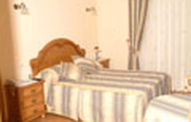Alpina - Room - 2
