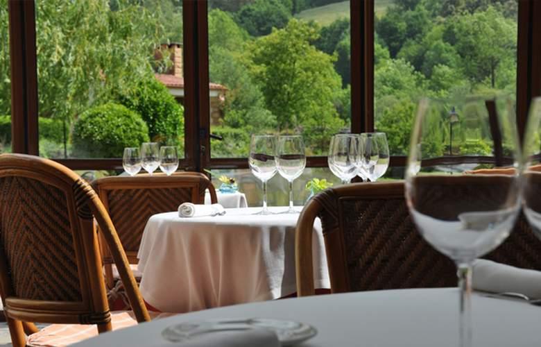 Hotel Palacio Torre de Ruesga - Restaurant - 10