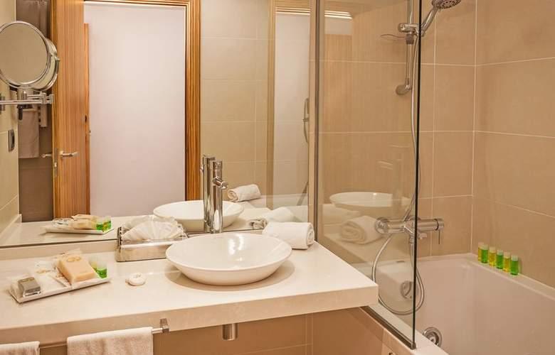 Grand Palladium White Island Resort & Spa - Room - 17