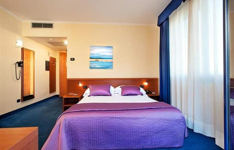 Best Western Blu Hotel Roma - Room - 69