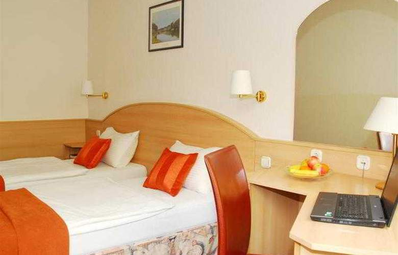 Orion Varkert - Hotel - 38