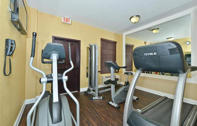 Best Western Plus Newark Airport West - Sport - 110