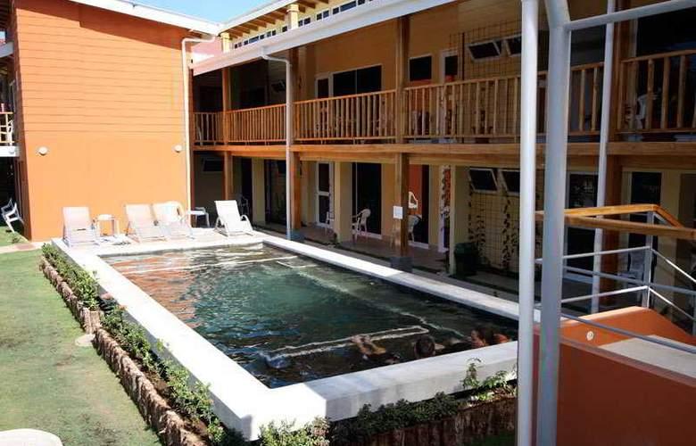 Samara Inn - Pool - 4