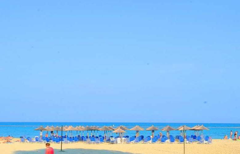 Platon Beach Palace - Beach - 14