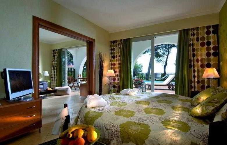 Alexandra Beach - Room - 2