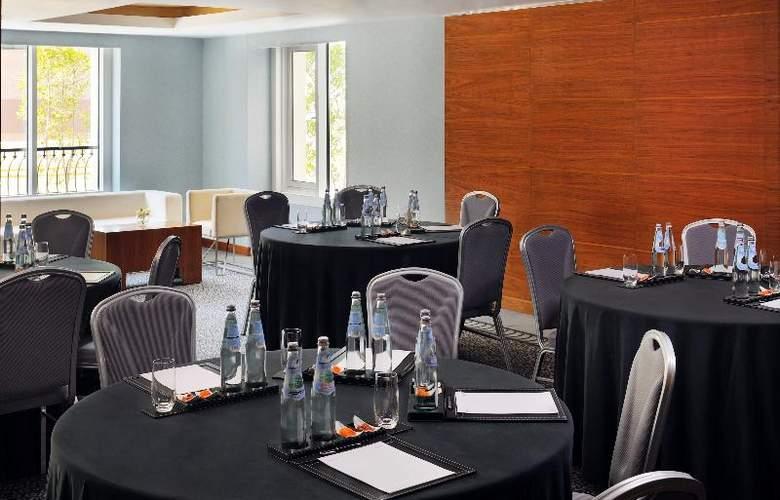 Avani Deira Dubai - Conference - 11