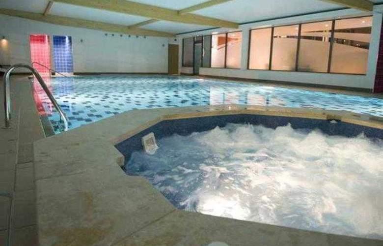 Best Western Chilworth Manor Hotel - Hotel - 38