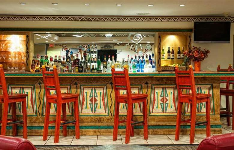 Best Western Plus Rio Grande Inn - Bar - 66