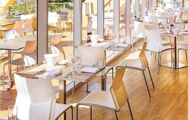 Novotel Wollongong Northbeach - Restaurant - 4