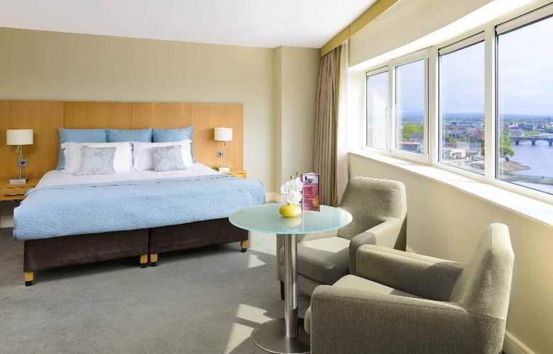 Clayton Limerick - Room - 1