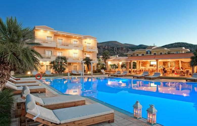 Socrates Hotel Malia - Pool - 14