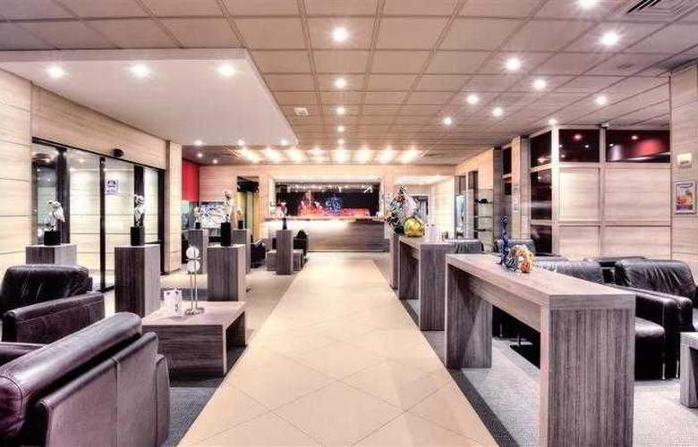 BEST WESTERN PLUS Hotel Casteau Resort Mons - Hotel - 24
