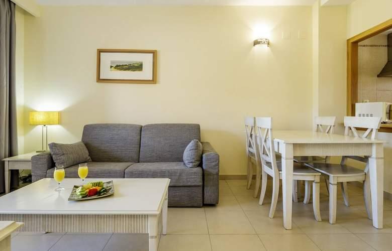 Aparthotel Ilunion Sancti Petri - Room - 12