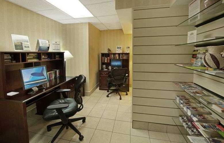 Best Western Georgetown Hotel & Suites - Hotel - 13
