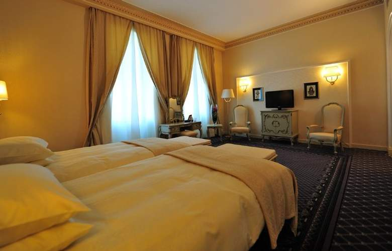 Grand Hotel Continental - Room - 8