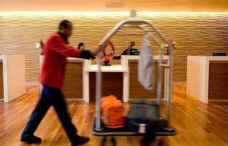Oakland Marriott City Center - Hotel - 13