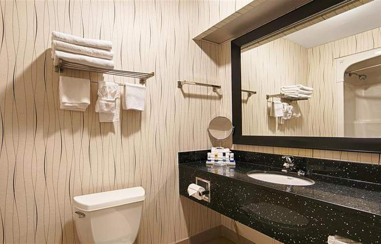 Best Western Plus Travel Hotel Toronto Airport - Room - 62
